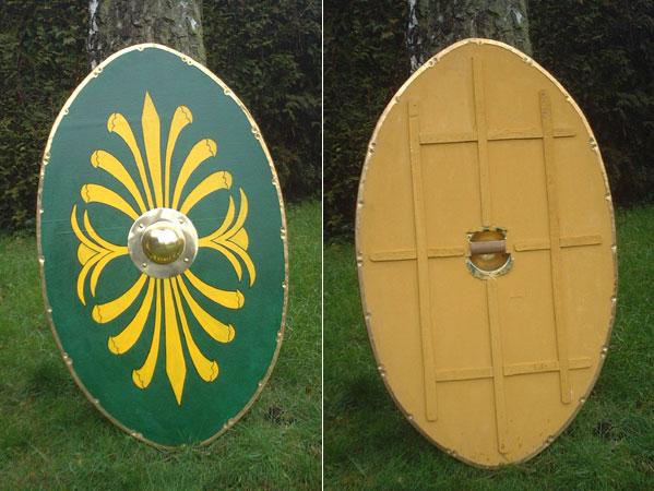 Römer - Holz - Schild, oval, grün/gelb