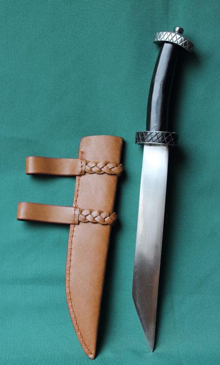 Vikings dagger - leather scabbard