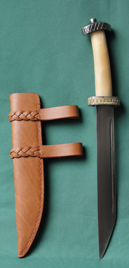 Vikings dagger - Handle from bone, leather scabbard
