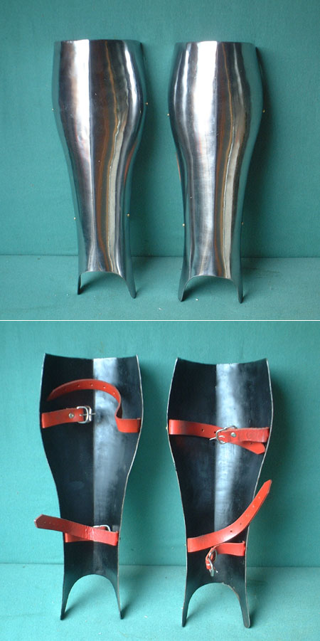Heavy steel greaves for protection of leg fronts