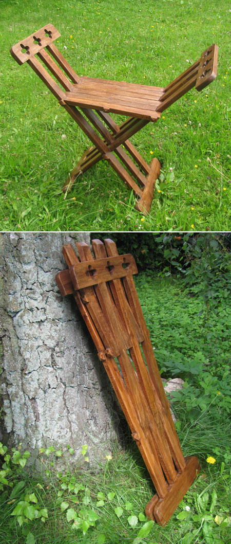 Roman Wooden Folding Chair