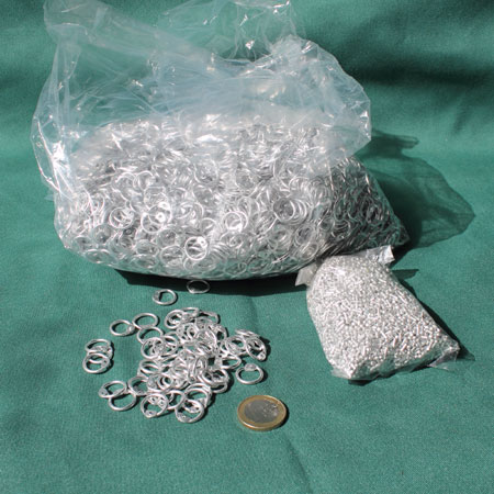 One kilo loose rings 10mm - aluminium