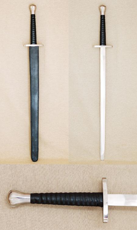 Eineinhalbhand-Schwert wie im 15 Jhdt.