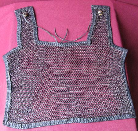Römer - Kettenhemd-Schulterschutz, römisch, brüniert