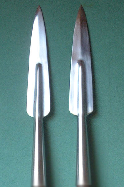 Spearheads (pair)