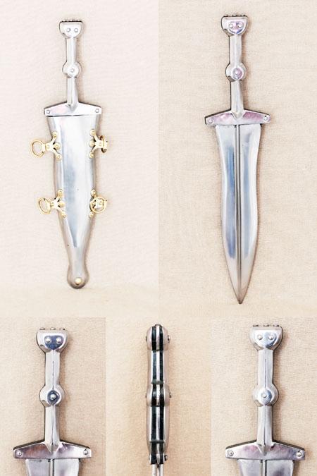 Roman iron pugio dagger type Pompeii, 1st cent A.D.