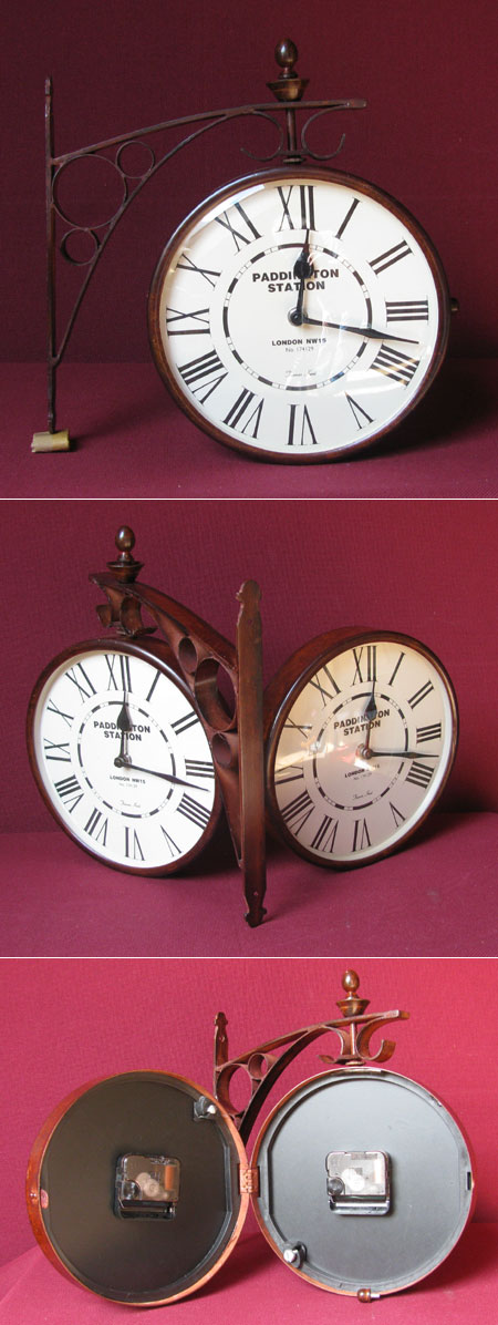 Boatclock with solid porthole case